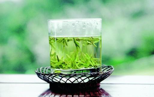 喝绿茶的好处_西湖龙井的功效与作用